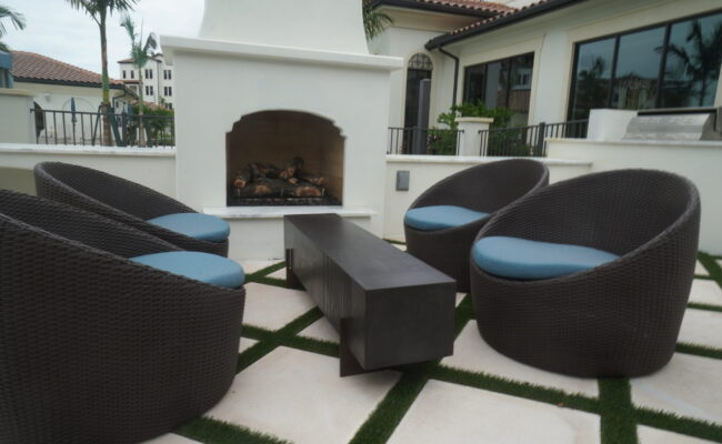 Lago Commercial Outdoor Fireplace